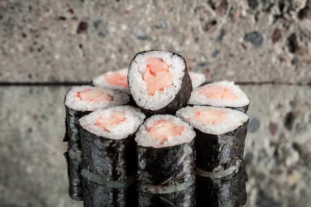 Mini roll with shrimp