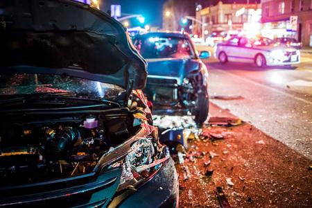 Accidente de coche con la policía Foto de archivo - 76164638