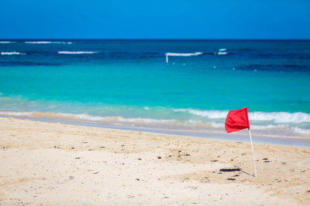 Red Flag warning sign at the beack no swimming waves Stock fotó