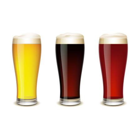 vasos de cerveza: Conjunto de vasos con cerveza aisladas sobre fondo blanco.