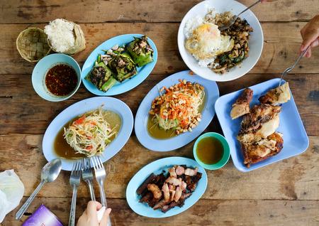 comida: Aut�nticos platos tailandeses