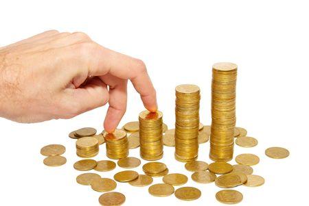 Escalada mano en moneda de oro de escalera aislados en blanco. Foto de archivo - 3912392