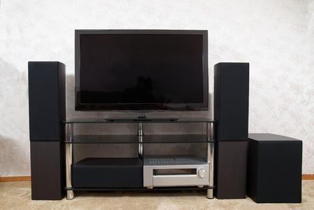 home theater: Home theater con plasma tv e Hi-Fi acustics