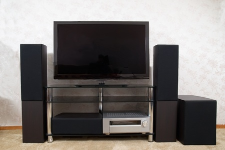 surround system: Home theater with plasma tv and hi-fi acustics