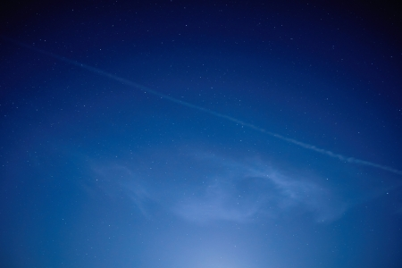 Blauwe donkere nacht hemel met veel sterren Ruimte achtergrond Stockfoto - 21882881