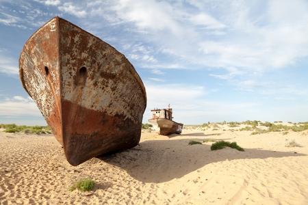 lost lake: Abadoned shipwreck in Aral Desert near Munyak Port on seabed of former Aral Sea, Munyak Karakalpakstan, Uzbekistan.