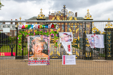 Kensington Palace, England - Jul 9: People coming to recall to Diana, Princess of Wales on Jul 9, 2011 at Kensington Palace, London, England