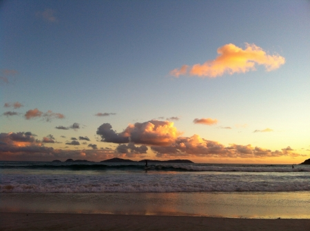 wilsons promontory: Beautiful sunset and surf at Squeaky Beach Australia.