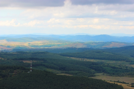 Hungarian landscape with mountain and forest - Hungary, Szarvasko 免版税图像