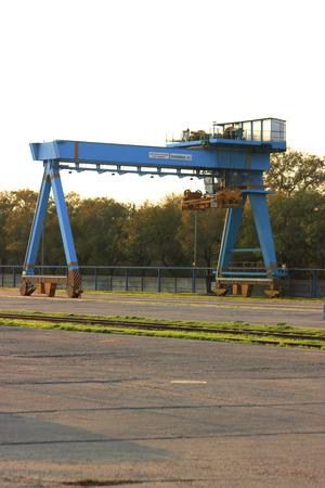 Blue Gantry Bridge Crane for Cargo and Construction