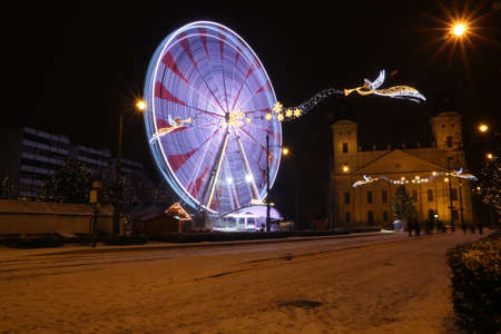 Picture in Debrecen, Hungary at nighttime in the Winter Banco de Imagens - 155236324