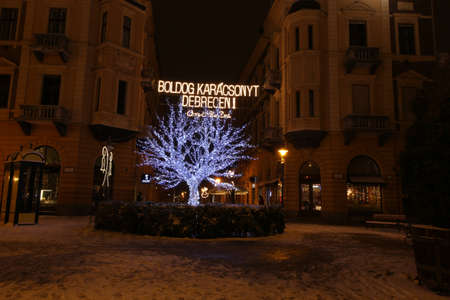 Picture in Debrecen, Hungary at nighttime in the Winter Banco de Imagens - 155236852