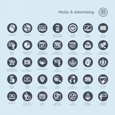 code computer: Conjunto de iconos de negocio para los medios de comunicaci�n y la publicidad Vectores