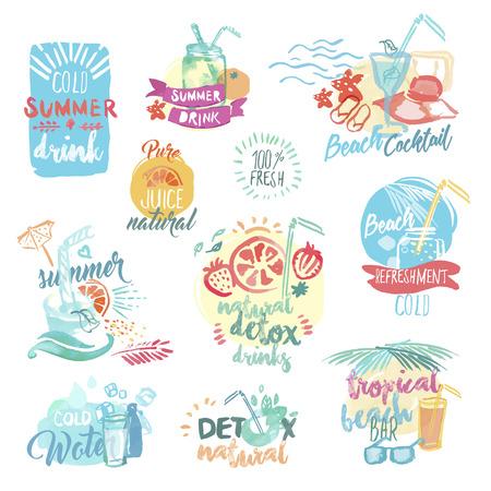 Set van hand getekende aquarel etiketten en insignes van verse vruchtensappen en drankjes. Vector illustraties voor het menu, eten en drinken, het restaurant en de bar, de zomer verfrissing, cocktailbar, biologisch fruit, de zomer vakantie.