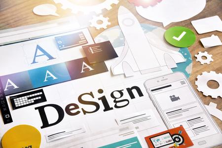Creatief proces. Concept voor verschillende categorieën van ontwerp, grafische en webdesign, logo, stationaire en productontwerp, bedrijfsidentiteit, branding, marketingmateriaal, mobiele app, sociale media.