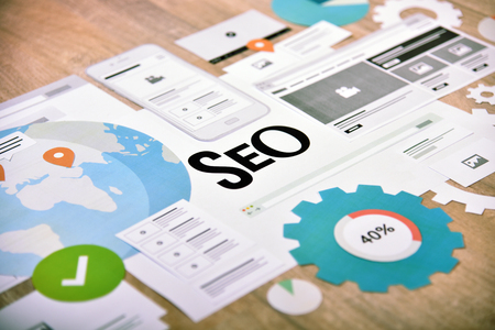 SEO concept banner. Concept for website and mobile website development and optimization, app development, responsive design optimization, social media and network. Archivio Fotografico