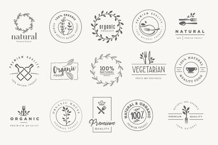 Set of stickers and badges for organic and natural products. Vectores