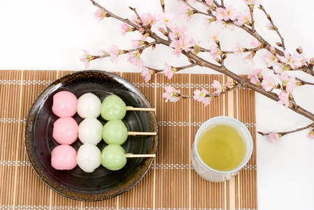 Japanese three colors rice dough dumplings named Sansyoku-dango(or Hanami-dango) 스톡 콘텐츠