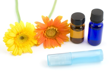 Essential oil and gerbera daisy Stock Photo - 12329245