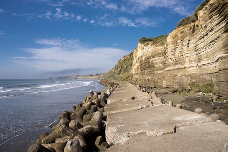 Byobugaura, Choshi의 푸른 하늘 아래 해변 탐사 및 절벽