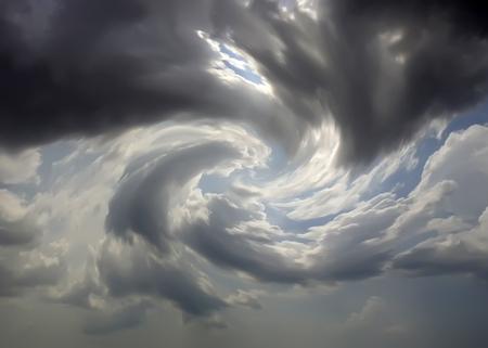 폭풍우 하늘