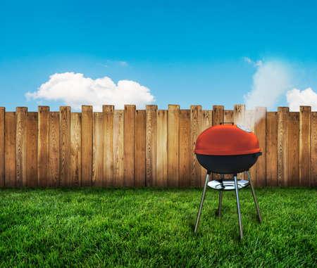 waterkoker barbecue op achtertuin