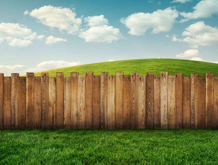 wood lawn: garden fence
