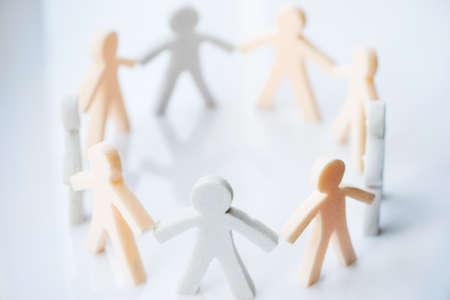 apoyo social: personas juntas iconos Foto de archivo