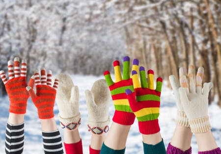 cold season: winter mittens and gloves