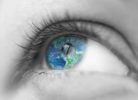 mundo en el ojo