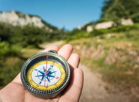 コンパスをハイキング