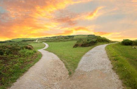 Horquilla en la imagen del concepto de carretera