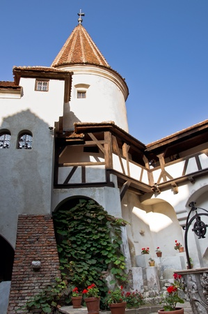 bran: Courtyard of Bran (Dracula) Castle. Transylvania, Romania. Stock Photo