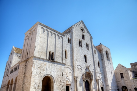 サン ニコラ バーリ、イタリアの大聖堂 写真素材