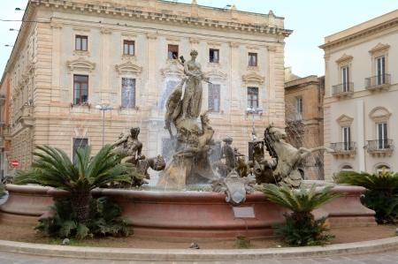 ortigia: Fountain of Artemide, Ortigia in Siracusa   Sicily, Italy