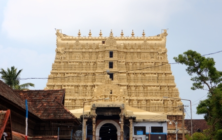 Sree パドマナーバスワーミ寺院ティルヴァナンタプラム トリヴァンドラム、ケララ州、インド