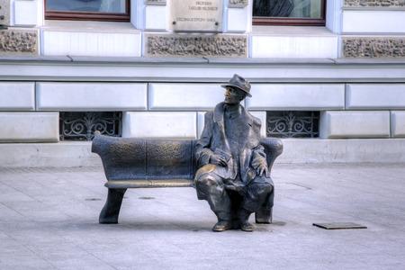 有名な詩人の Tuwim の記念碑。ウッチ、ポーランド