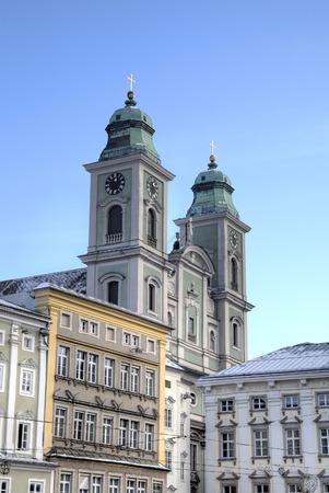 dom: Ancienne Cath�drale (Alter Dom, Ignatiuskirche). Linz, Autriche