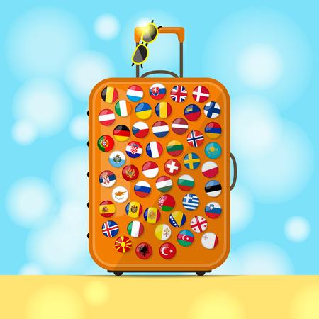 reiziger: Moderne bruine koffer van de reiziger en badges met vlaggen van de meeste Europese landen