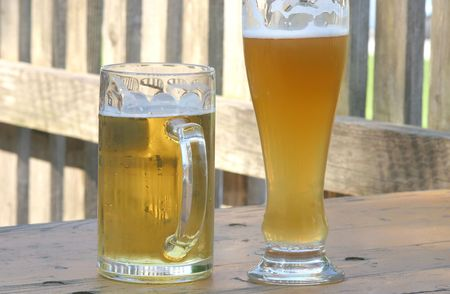 gastro: tow glasses of german beer