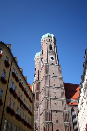 the frauenkirche: Frauenkirche en Munich