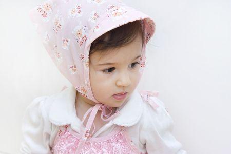 head wear: Little girl with usura della testina Archivio Fotografico