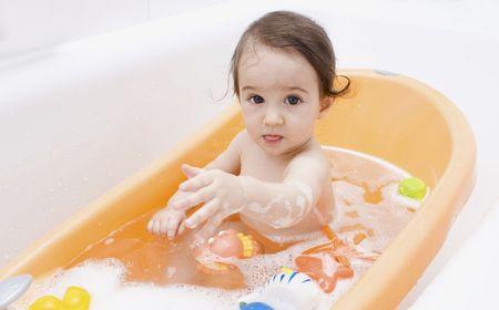 bathwater: Baby  in the bath