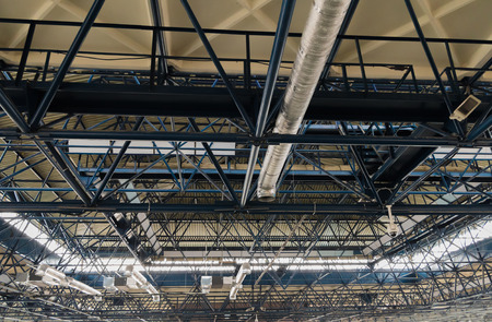 Ceiling metal construction and ventilation for industrial and exhibition objects Banco de Imagens