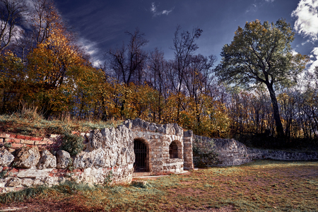 Grotto in the estate Vlachernae Kuzminki in the Natural-Historical Park Kuzminki 版權商用圖片
