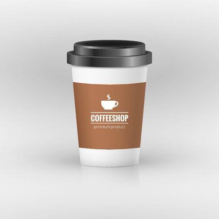 Taza de papel de café con etiqueta. Recipiente de plástico marrón para beber. Taza de café con leche, moka o capuchino. Cubierta de vector. Ilustración de vector