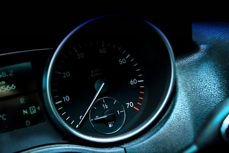 speedometer car turnout color blue color green white and red figures arrow