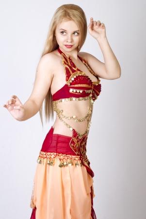 bellydancing: beautiful young blonde - Arab Dancer, in great costume