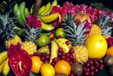 exotics: exotics fruits