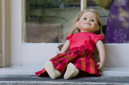 forgotten: forgotten doll